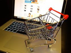 Покупки в интернете заменяют походы по магазинам